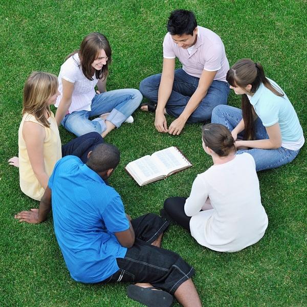 estudos bíblicos para jovens